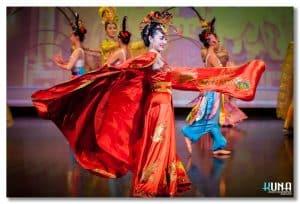New Silk Road North America Fashion Glamour - Royal Datang